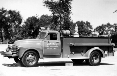ROSELLE FPD  ENGINE  1953  CHEVY 6400 - DARLEY  500-400