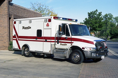 ROSELLE FPD  AMBULANCE 7  1998  IHC 4700 - ROAD RESCUE   # 3071