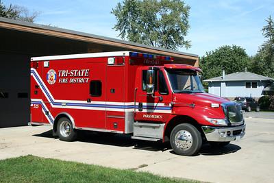 TRI-STATE   AMBULANCE 525   IHC 4300 -