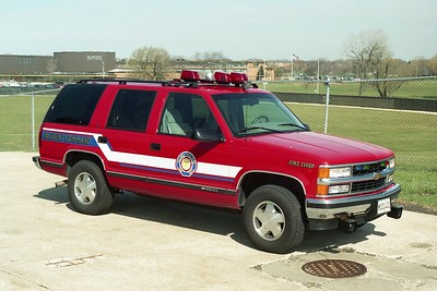 VILLA PARK FD  FIRE CHIEF CAR