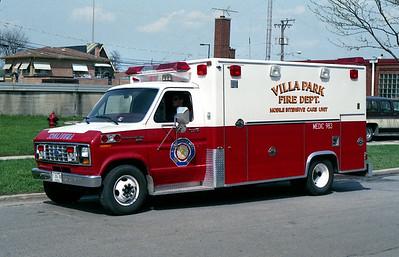 VILLA PARK FD   MEDIC 983   1988 FORD E-300 - EXCELLANCE