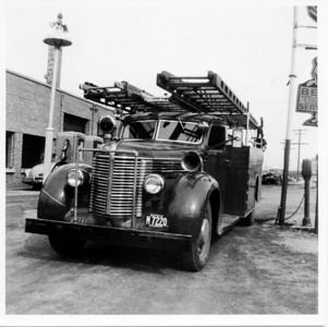 VILLARD VFD   FIRST FIRE TRUCK  PHOTO 1