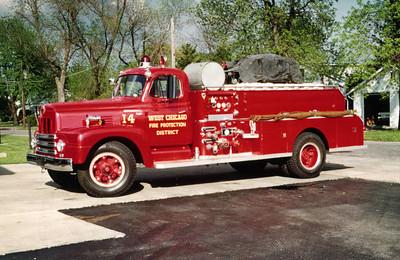 WEST CHICAGO  ENGINE 14  IHC R190 - FIREFIGHTER