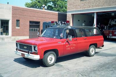 WHEATON  CAR  CHEVY SUBURBAN (2)
