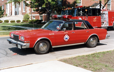 WHEATON   CAR 4-1-5  DODGE DIPLOMAT  FIRE CHIEF