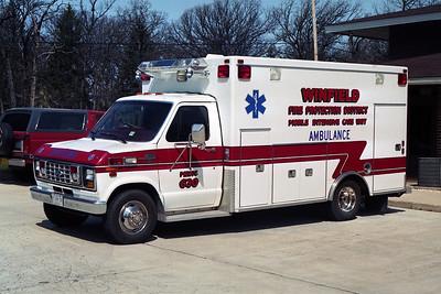 WINFIELD FPD AMBULANCE 630  FORD E-350  BF