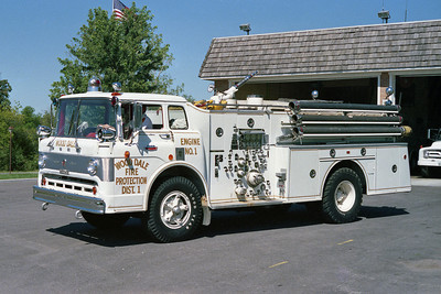 WOOD DALE FPD  ENGINE 1  FORD C-HOWE