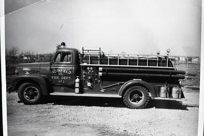 ENGINE 1  IHC R190 - DARLEY