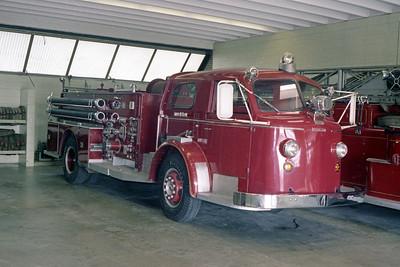 AURORA FD  ENGINE 5  1948  ALF 800   1000-500   OFFICERS SIDE