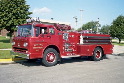 AURORA FD  ENGINE 31  1958  FORD C900 - HOWE   750-500   #10364