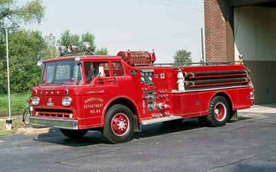 AURORA FD  ENGINE 44  1958  FORD C900 - HOWE   750-500   #10364
