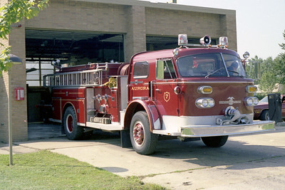 AURORA FD  ENGINE 7  1971  ALF 900   OFFICERS SIDE BACKING IN