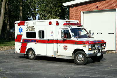 AURORA TOWNSHIP AMBULANCE 652