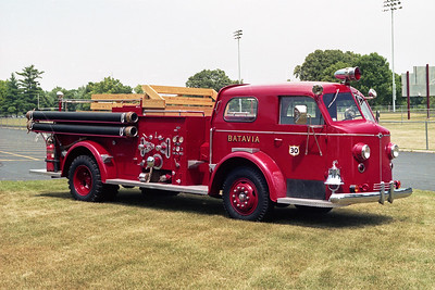 BATAVIA FD  ENGINE 30  1948  ALF 700   1000-300   WITH MODIFIED SEATING FOR RIDES