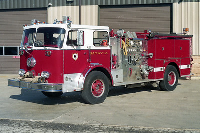 BATAVIA FD  ENGINE 5  1978  SEAGRAVE   1250-750   #H-73681   WHITE STRIPE