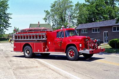 BURLINGTON COUNTRYSIDE FPD  ENGINE 1303  1963  IHC LOADSTAR 850 - HOWE   500-1000   #11298