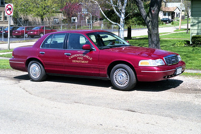 CARPENTERSVILLE  CAR 900  FORD CROWN VIC
