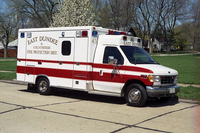 EAST DUNDEE A 43  1996 FORD E-350 - McCOY MILLER