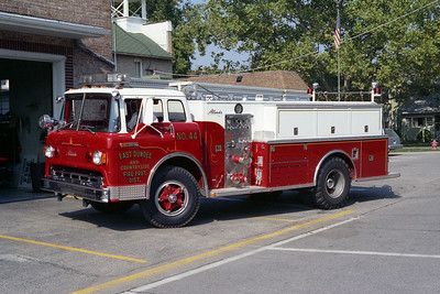 EAST DUNDEE ENG 44  1968 FORD C-800 - ALEXIS 750-1000