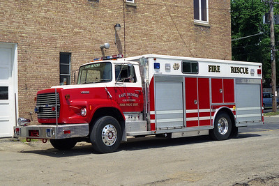 EAST DUNDEE 49  1990 FORD L8000 - ALEXIS