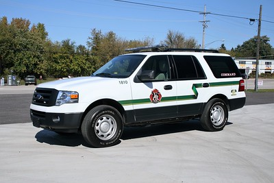 FOX RIVER & COUNTRYSIDE FPD  CAR 1810   2011 FORD EXPEDITION  BF
