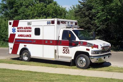 NORTH AURORA MEDIC 551   2004 CHEVY C6500  MARQUE  BF
