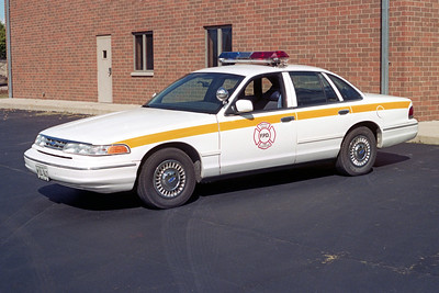 PINGREE GROVE & COUNTRYSIDE FPD  CAR 1201  1996  FORD CROWN VIC