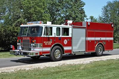 RUTLAND DUNDEE ENGINE 53  1998 PIERCE SABER  1500-750   E-2100   REPAINTED  CLOSED PUMP PANEL DOOR