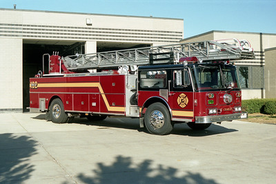 ST CHARLES TRUCK 102   SEAGRAVE