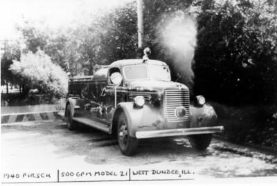 WEST DUNDEE FPD  ENGINE 1  1947  PIRSCH   500-300   JDS PHOTO