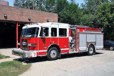 GARY   ENGINE 7  2011 SUTPHEN SHIELD   1500-750
