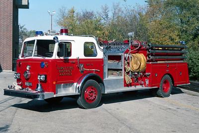 ANTIOCH FIRE DISTRICT  ENGINE 2116  1979  PIRSCH   1000-500   BEHIND THE STATION
