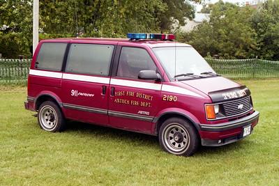 ANTIOCH FIRE DISTRICT  CAR 2190  CHEVY ASTRO VAN