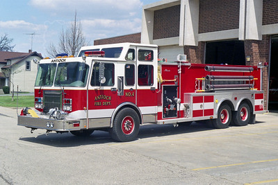 ANTIOCH FIRE DISTRICT  TANKER 2164  1994  SPARTAN GLADIATOR - ALEXIS   1500-2000   #1545   ENCLOSED PUMP PANEL