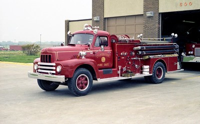 COUNTRYSIDE FPD ENGINE  4113  1958  IHC R190 - BOYER  250-1200