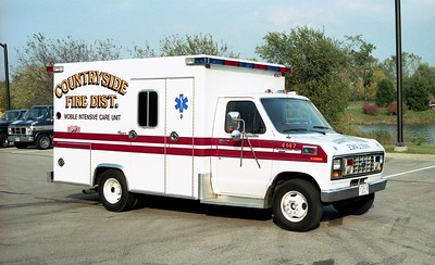 COUNTRYSIDE FPD  AMBULANCE 4147  1990  FORD E350 - EXCELLANCE    PASSENGER SIDE