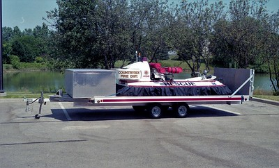 COUNTRYSIDE FPD  BOAT  4159 & TRAILER  1998