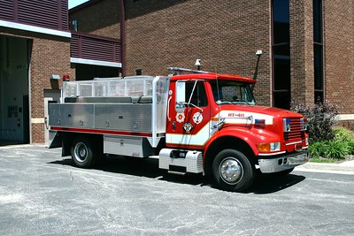 COUNTRYSIDE FPD  HOSE 411  1997 IHC - 2012 ADAMS   X-WAUCONDA FPD AMBULANCE CHASSIS   CARRIES 4000 OF 5 HOSE  PASSENGER SIDE
