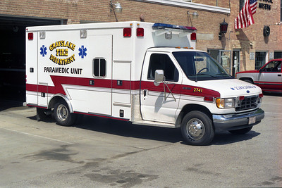 GRAYSLAKE AMB 2741  1995 FORD - ROAD RESCUE