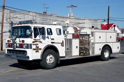 ROUND LAKE  ENGINE 2612  FORD C8000 - FMC  WHITE