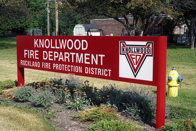 KNOLLWOOD FD SIGN