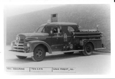 LAKE FOREST ENGINE 4  1951 SEAGRAVE