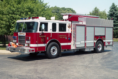 LIBERTYVILLE FD  ENGINE 611  2003  PIERCE DASH   2000-750