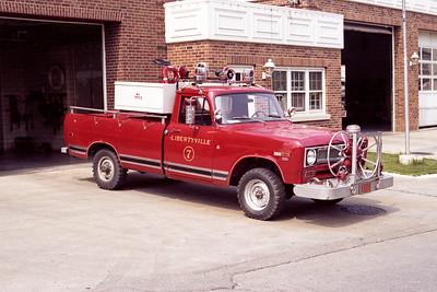 LIBERTYVILLE FD  BRUSH 4657  1972  IHC 4X4    PTO-150