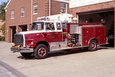 LIBERTYVILLE FD  ENGINE 4613  1979  FORD LS9000 - PIERCE   1500-750    #7426-D