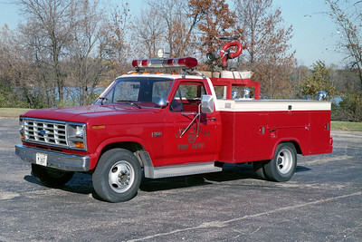 LIBERTYVILLE FD  SQUAD 4658  1986  FORD F250 4X4 - STAHL   CARRIES 1000 FEET 3 INCH HOSE