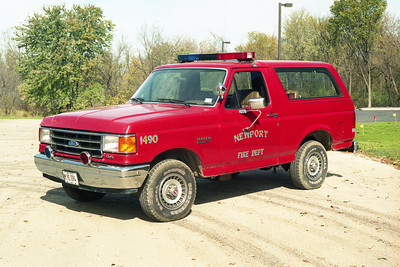 NEWPORT  CAR 1490  1990 FORD BRONCO