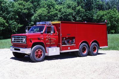 NEWPORT TaNK 1463  1981 GMC-WELCH   250-2500