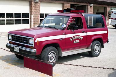 VERNON FPD  CAR 881  FORD BRONCO 4X4