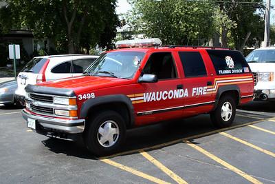 WAUCONDA FD  CAR 3498  1997  CHEVY SUBURBAN
